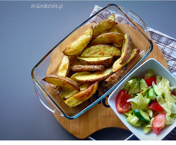 Pieczone ziemniaczki z czosnkiem i rozmarynem