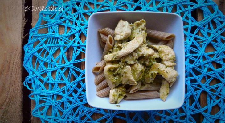 Filet z kurczaka z zielonym pesto