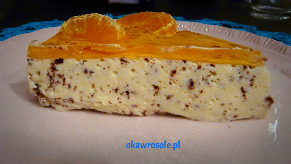 Sernik na zimno o smaku pomarańczowym z gorzką czekoladą